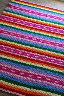 Lovely crochet blanket pattern