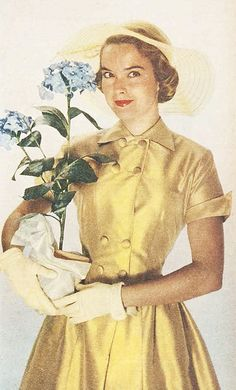 A wonderful 1950s yellow coat (with matching hat) dress for spring. #vintage #1950s #spring #fashion