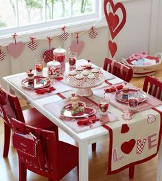 table settings, idea, tabl runner, valentine day, parties, kids, pottery barn, table runners, valentine party