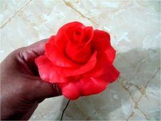 Rosas rojas de porcelana fría paso a paso