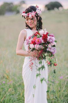 Photography: Jenny Sun Photography - jennysunphotography.com  Read More: http://www.stylemepretty.com/australia-weddings/2014/09/30/sunset-sydney-engagement-session/