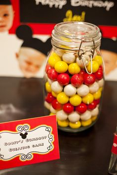 Gumball guessing at a Mickey Mouse Party #mickeymouse #partygames