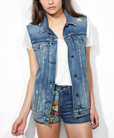 Levi's Levi's® x Liberty Trucker Vest - Floral Patch - Jackets