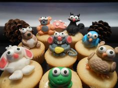 Forest Animal Cake Toppers Made Out Of Fondant! forest anim, fondant cake, animal cakes, anim cake, cake toppers