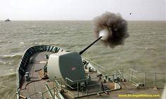HMAS ANZAC - FORWARD GUN FIRING!