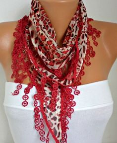 A scarf changes everything ------- #fashion #trend #style #scarves
