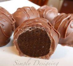 Best Chocolate Desserts - No Bake thin mint truffles  http://thegardeningcook.com/best-chocolate-desserts-my-favorites/