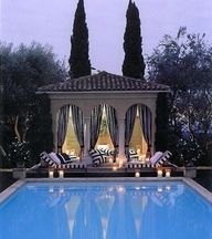 Pool house - very Great Gatsby like ;)