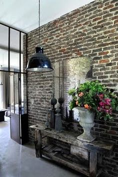 An industrial loft in French #countryside, Perche #decor #decoração #interiores #paredes #brick #tijolorustico #decor #rustic