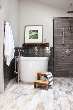 Soaking tub   Sherry Hart Designs