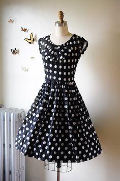 Lovely 50's dress.