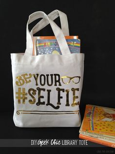 Geek Chic DIY Tote Bag with made Cricut Explore -- Love the Day. #DesignSpaceStar Round 2