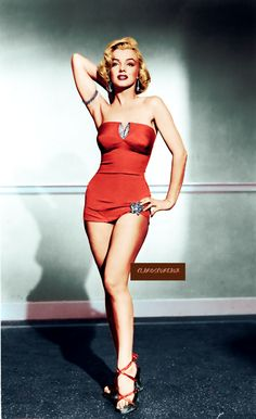 Marilyn in red with diamonds