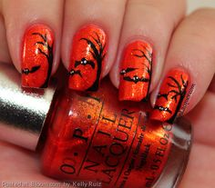 By+Kelly+Ruiz.+A+spooky+#Halloween+nail+art+look.+I+used+OPI+DS+Luxurious+and+acrylic+paint+for+this+look.+#HalloweenBeauty+@Bloom.com