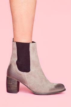 Areas suede boots!