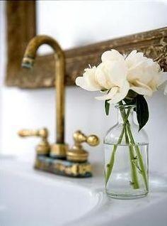 { gold + fresh blooms } faucet, bouquet, flowers interior, bathrooms decor, sink, fresh flowers, flower interior design, tap, antiques