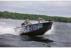 New 2010 Crestliner Boats Tournament 202 SC Multi-Species Fishing Boat