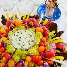 Roasted Garlic Ranch Dip with Crudités #styling #appetizer #party
