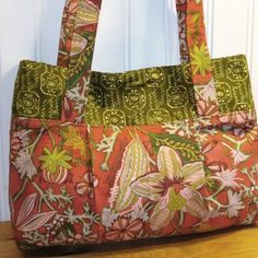 LOVE this color combo!! Can you really ever have enough bags? $22.50 SALE! from www.ByYourSide2009.etsy.com #handmade #bags