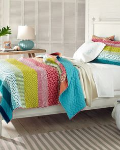 Great quilt with colorful stripes #colorful #quilt