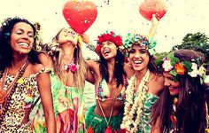 fiesta hawaiana entre amigas