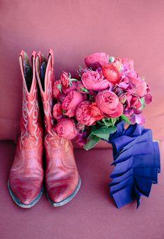 Pink Flowers & Boots | Bend Oregon Brasada Ranch