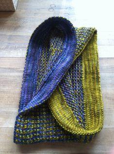 Jojen pattern by Megan Bohlander. malabrigo Rastita, Peacock and Mostaza colors.  Interesting concept