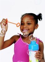 How to Make Homemade Bubbles for Kids thumbnail