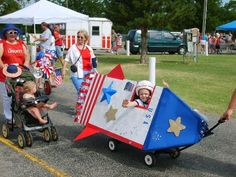 Wagon Rocket (love the idea of building a cardboard box rocket on top of a wagon to give the kids rocket rides)