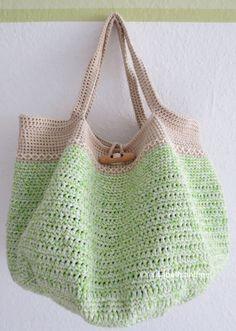 Spring/Summer/Fall/Winter Tote: free #crochet pattern