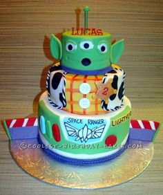 Coolest Toy Story Birthday Cake... This website is the Pinterest of birthday cake ideas