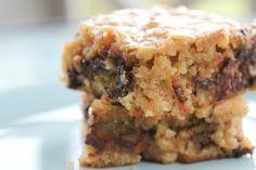 Sweet & Savory :: The Caramel Jar Blog: Recipes :: Chocolate Pecan Blondies