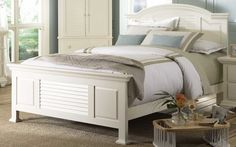 Broyhill Furniture Pleasant Isle Queen Panel Bed