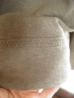 sew Maris shows you how this lovely hem detail for knits was made using only a sewing machine! stitch