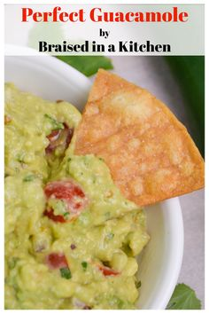 The best guacamole you will ever eat - chunky, fresh, creamy, and just a little spice. #guacamole #glutenfree #recipe #dip #texmex #appetizer