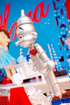 Wizard of Oz themed birthday party via Karas PArty Ideas | KarasPartyIdeas.com