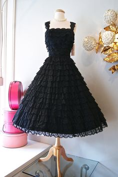 Vintage 1950's Dress // 50's Femme Fatale Tiered by xtabayvintage, $248.00