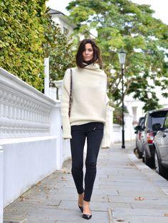 oversized cream turtleneck, skinny black jeans & heels #style #fashion