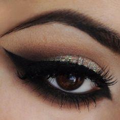 Glittery Cat Eye #eye #eyes #makeup #eyeshadow #smokey #glitter #dramatic