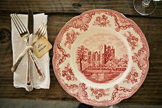 Southern Vintage | vintage place setting rental $5/pp