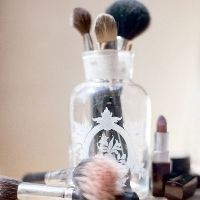 Perfect for cosmetic brushes! Love the lipstick too!