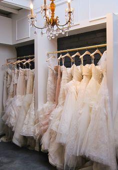 Vera Wang bridal boutique @}-,-;—