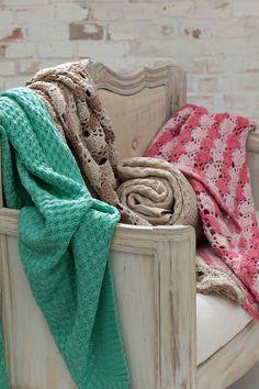 Mantas tejidas y a crochet de colores, Cacharel
