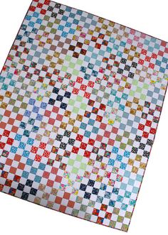 Red Pepper Quilts: Bloomsbury Gardens : Nine Patch Quilt @Rita - Red Pepper Quilts #LibertyLifestyle #Bloomsbury