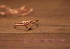 dainty rings {DIY tutorial}