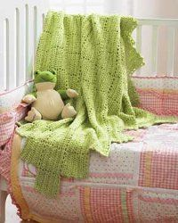 Crochet baby blankets that are both cuddly and lacy are great for all seasons.