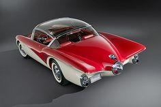 A futuristically cool 1956 Buick Centurion. #vintage #1950s #cars
