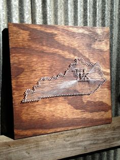 Wildcat Pride // Reclaimed Wood Nail and String Tribute to University of Kentucky