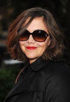 Maggie Gyllenhaal Short Wavy Cut