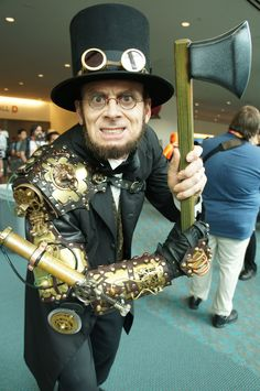 The Comic-Con 2012 Cosplay Gallery - Tested- Abraham Lincol Steampunk Vampire Killer???